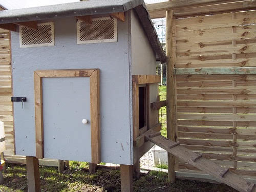 French-chicken-coop