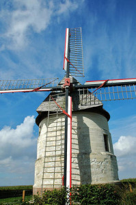 Eaucourt-sur-Somme windmill CC Flickr isamiga76