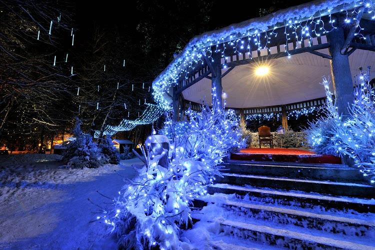 Illuminating Nativity On Tokay >> Christmas Market In Le Touquet The Good Life France