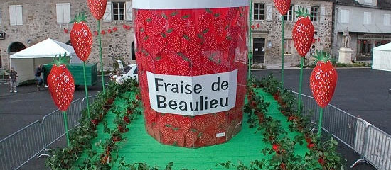 Strawberry Festival, Beaulieu-sur-Dordogne, Limousin
