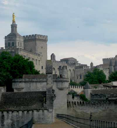 Avignon-from-the-Pont