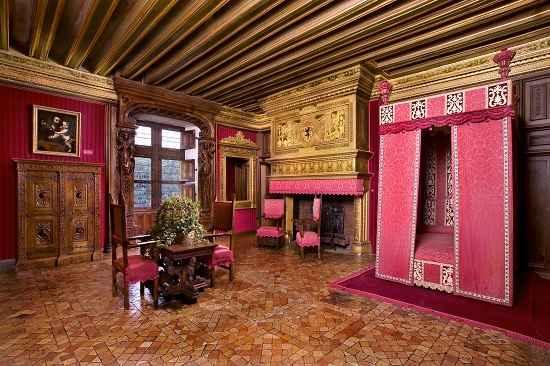 Chateau de chenonceau the loire the good life france for Chateau chenonceau interieur