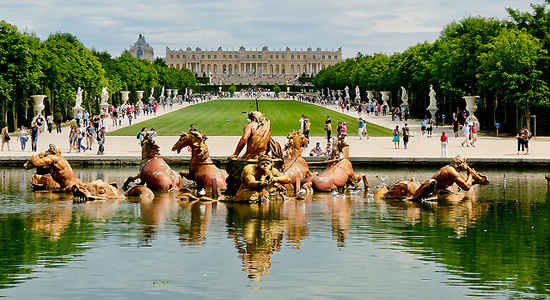 the wonderful palace of versailles the good life france. Black Bedroom Furniture Sets. Home Design Ideas