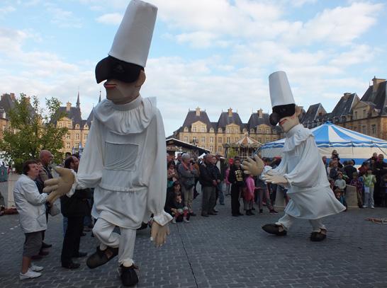 At the international puppet festival charleville mezi res - Office du tourisme charleville mezieres ...