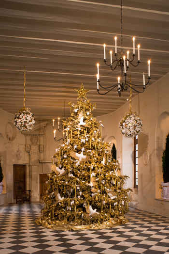 visit a french chateau at christmas the good life france