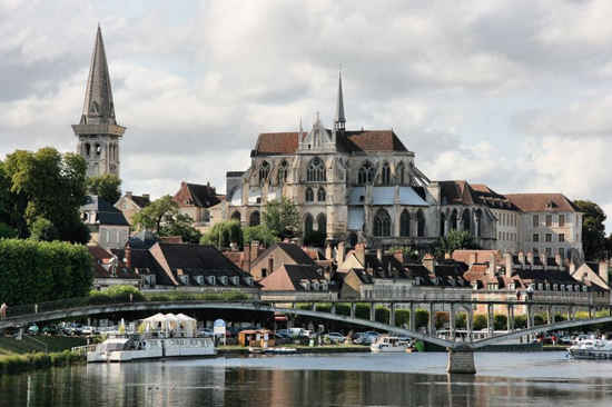 Four fabulous ways to experience burgundy france the for Auxerre region