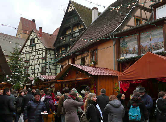 christmas market eguisheim