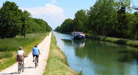 Barge Cruising in Burgundy