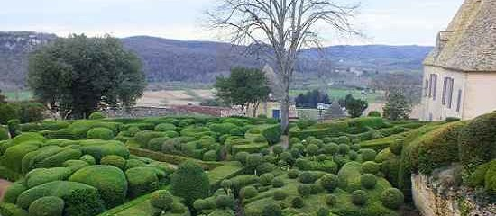 The magnificent hanging gardens of Marqueyssac