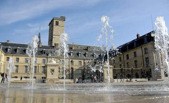 Dijon, Place de la Libération