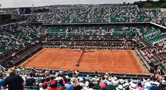 crowds at Roland Garros