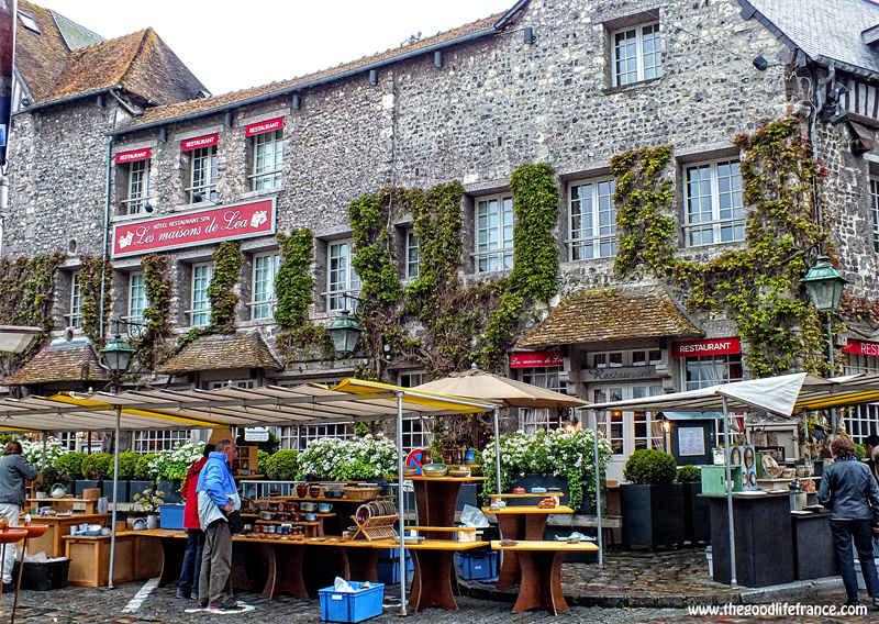 honfleur street market