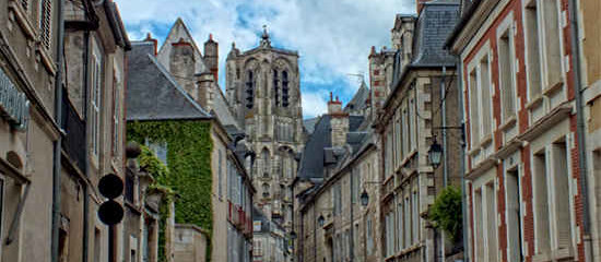 Bourges – Beautiful Cathedral City and so much more