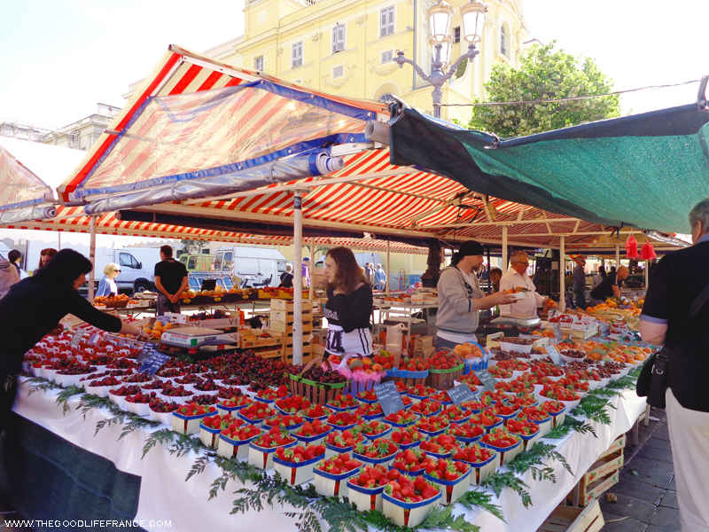 cours saleya strawberry stall