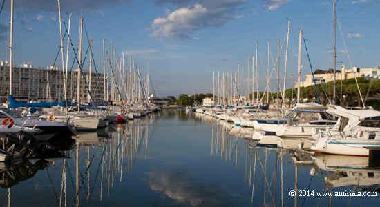 Bellegarde port canal du midi