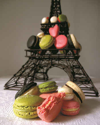 macarons and eiffel tower in paris