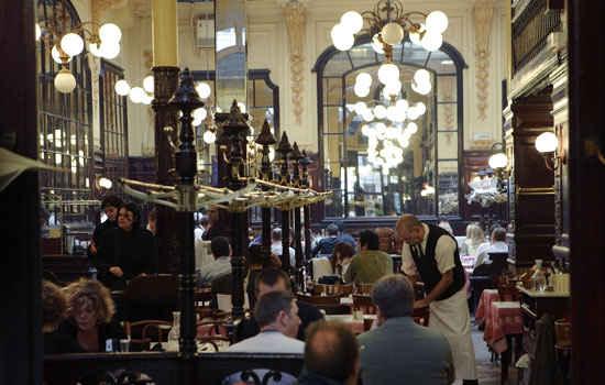 historic paris restaurant