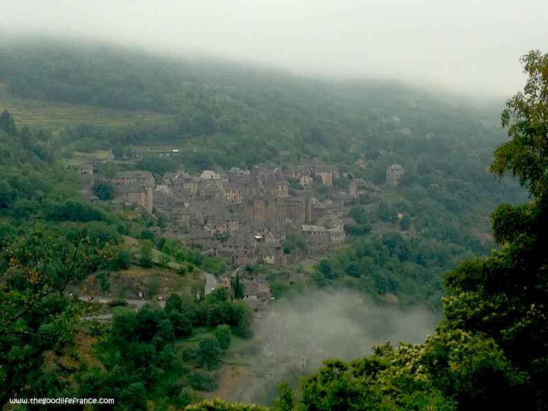 photos of conques aveyron france