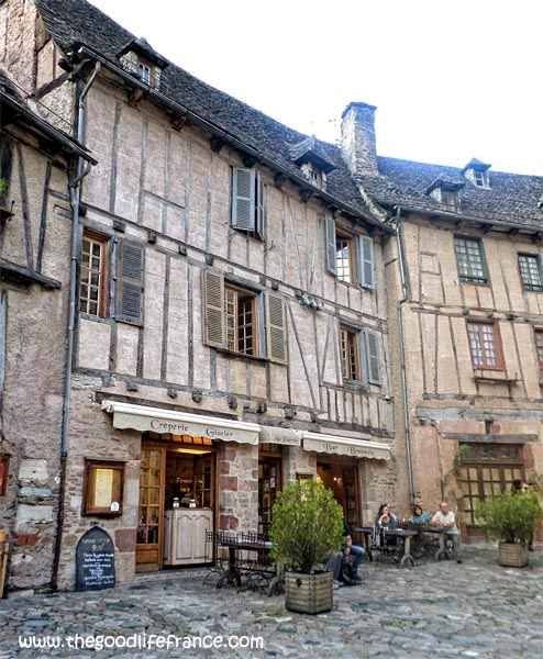 conques town