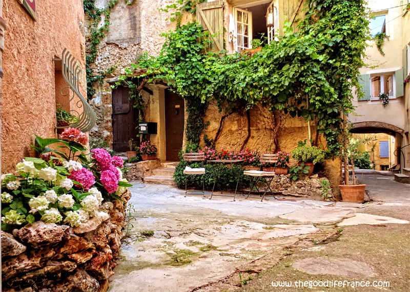 10 Photos That Will Make You Want To Visit Cotignac