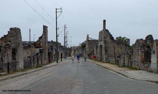 oradour-sur-glane-tramline
