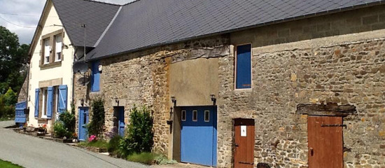 Expats set up ceramics and pottery school in Normandy