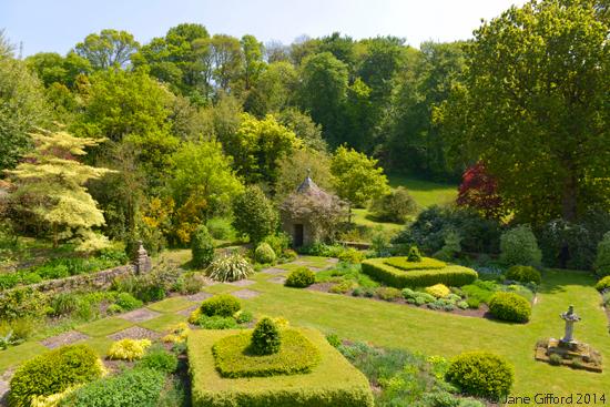 Kerdalo gardens brittany the good life france for Jardin kerdalo