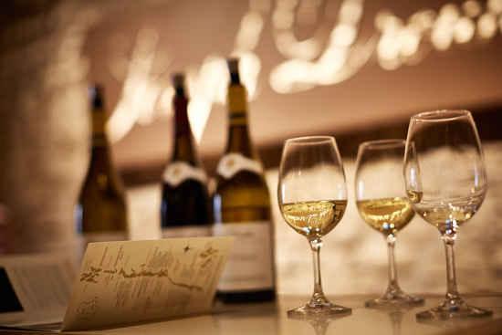 wine tasting maison joseph drouhin burgundy