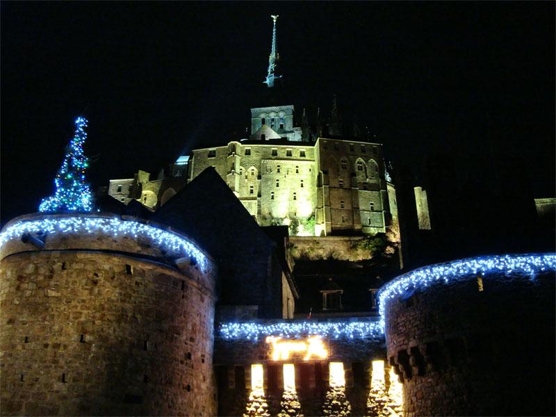 Mont-St-Michel-christmas