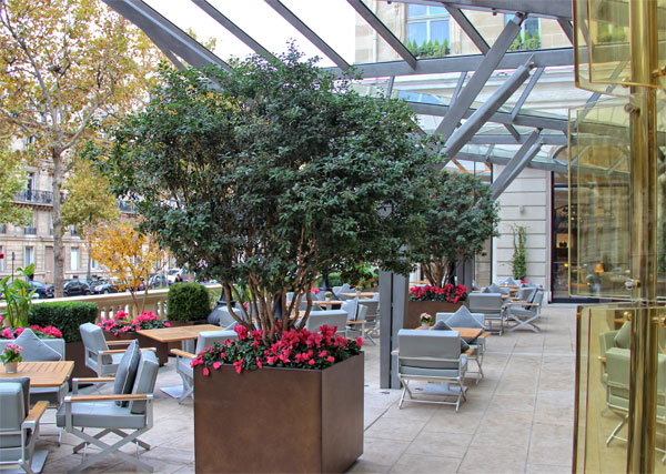 pensinsula-paris-hotel-lobby-restaurant-terrace