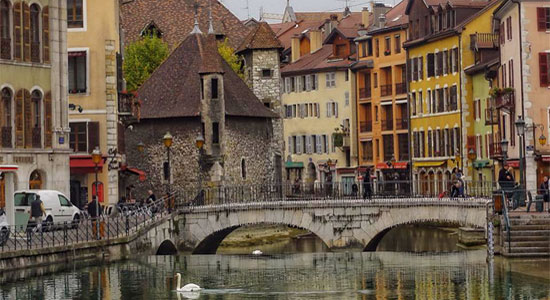Annecy-most-romantic-places-in-france