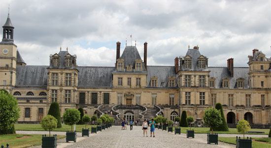 fontainebleau-chateau-gardens