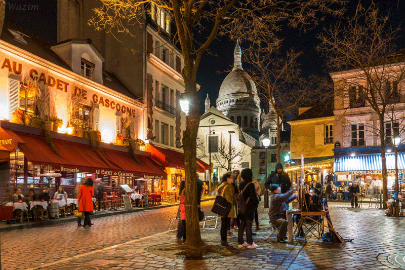 montmartre-at-night