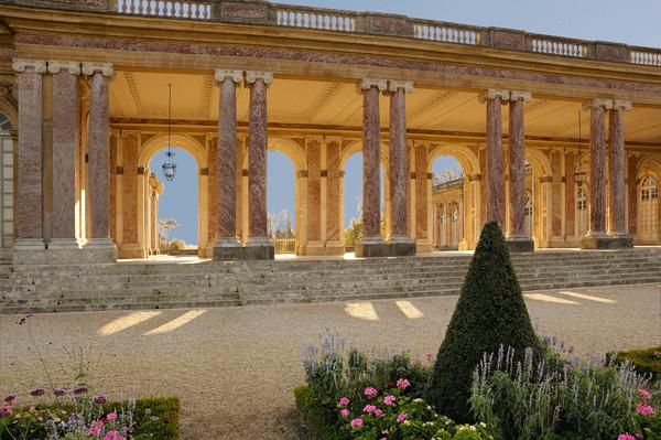versailles-gardens-walkways