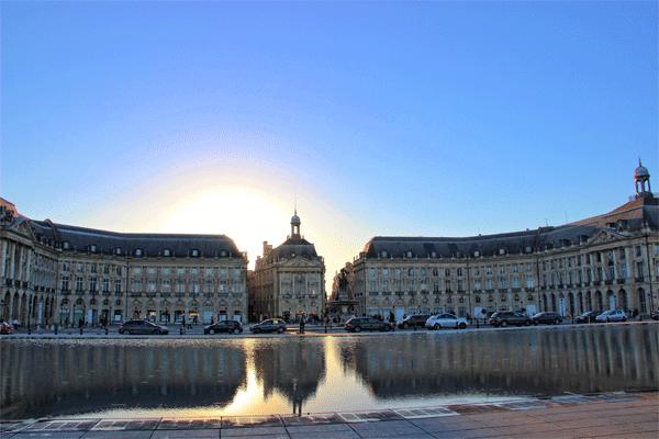 bordeaux-le-miroir-sunset