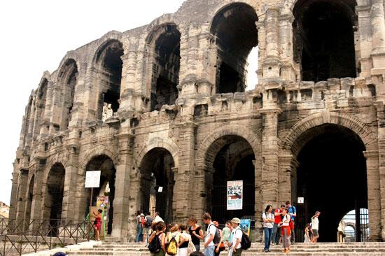 arles-roman-amphitheatre