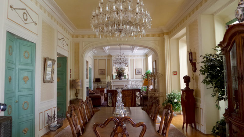Chateau mauran dining room