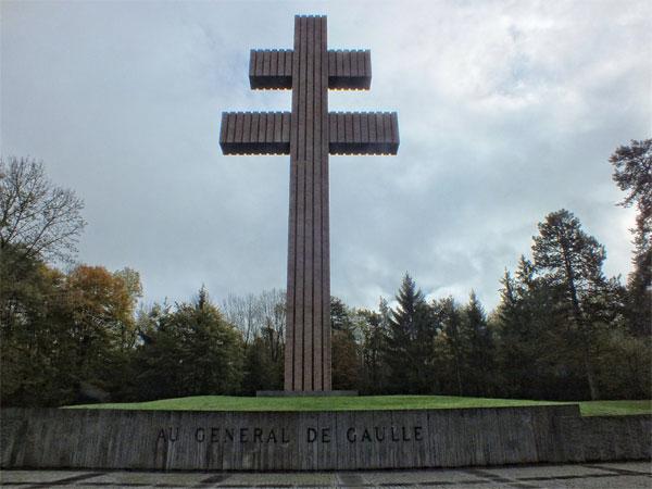 cross-of-lorraine-Charles-de-Gaulle-memorial