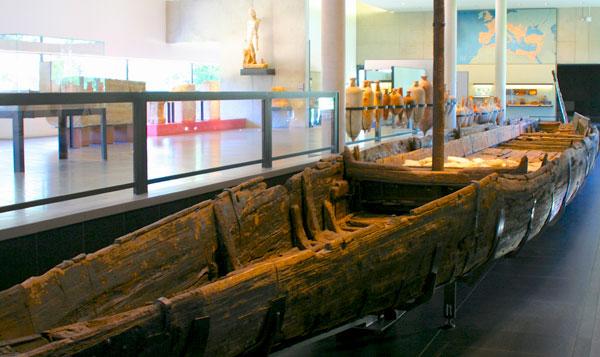 roman-boat-arles