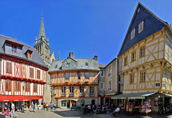 What To See And Do In Vannes Brittany France The Good