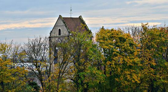 auvers-sur-oise-church-van-gogh