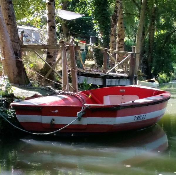 boat-ride-marais-poitevin-poitou-charente