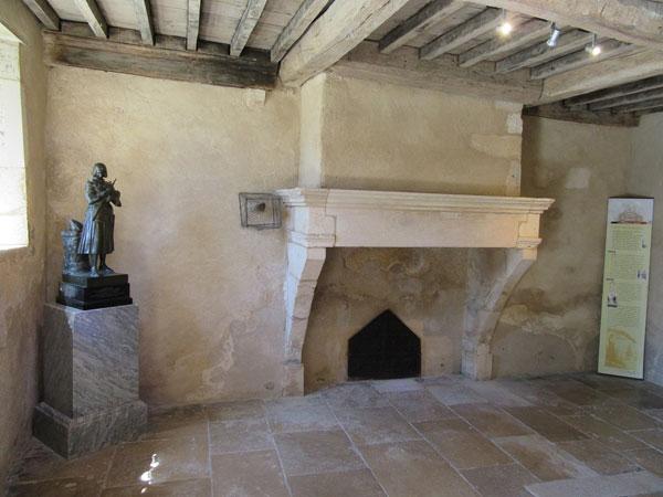 joan-of-arc-house-room-where-she-lived