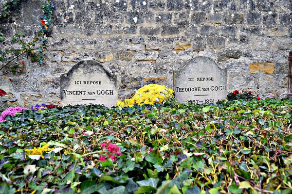 van-gogh-tombstone