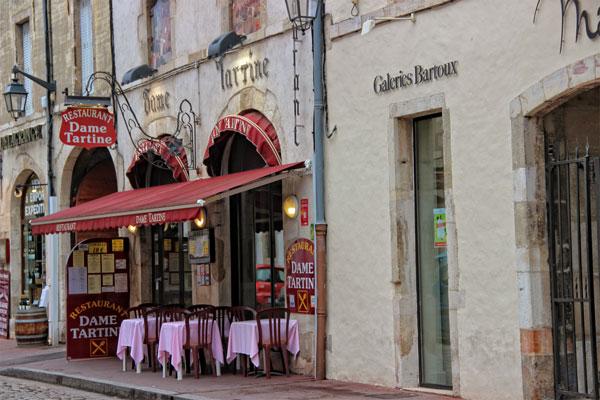 food-stop-in-beaune-burgundy