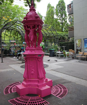 wallace-fountain-painted-pink-13th-arr