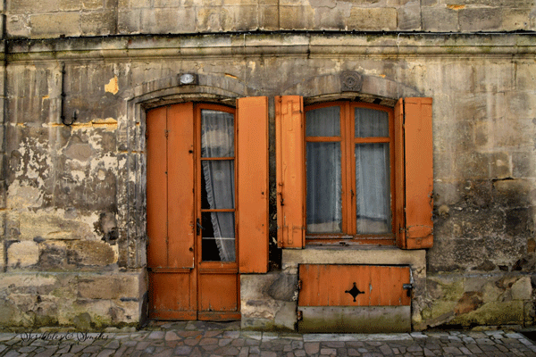 Doors-of-Bourg-J