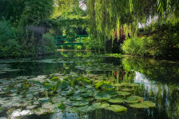 A day with claude monet in giverny the good life france for Monet jardin giverny