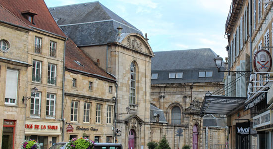 Street view of Langres Champagne