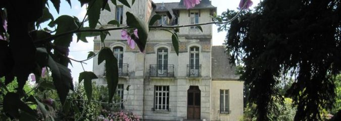Real life Escape to the Chateau properties for sale in France